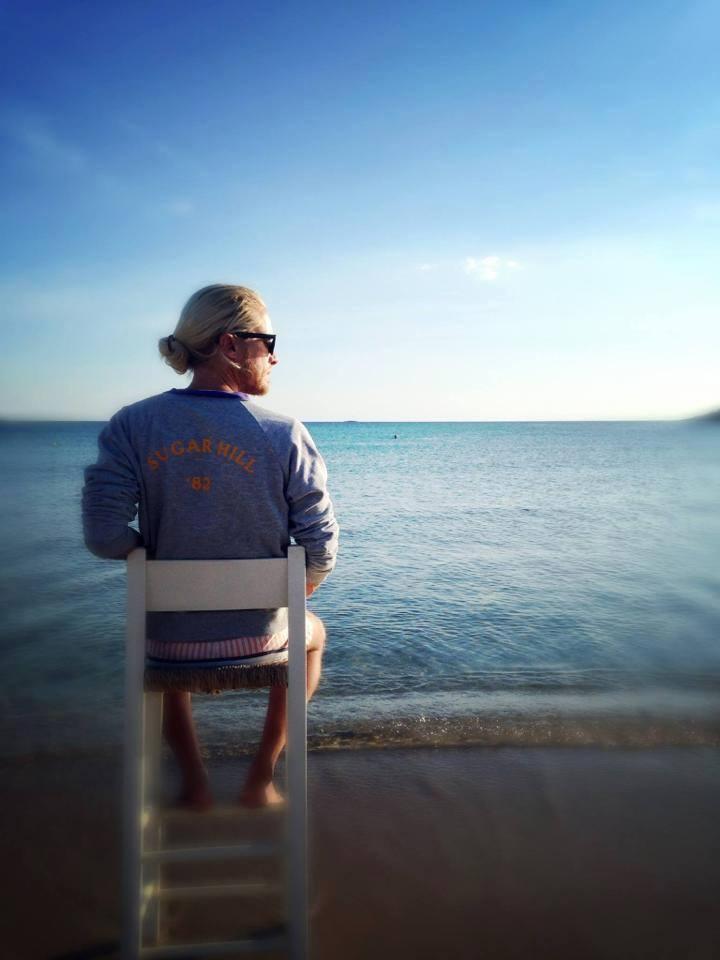 Άλεξ Καββαδίας: Ο Ελληνο-αυστραλός καλλιτέχνης, μιλά για τη ζωή του στην Ελλάδα...
