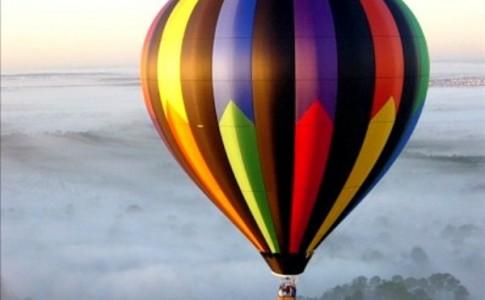 Πτήσεις με αερόστατο από την Καλαμάτα στην Costa Navarino